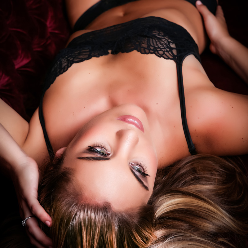 boudoir photo karen french photography sexy pose woman back victoria secret lingerie square